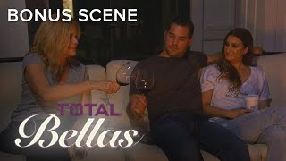 Is Brie Bella Really Mom's Favorite Child? | Total Bellas | E!