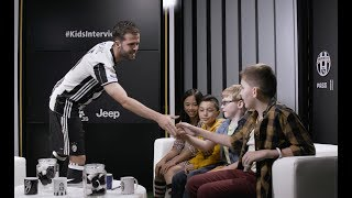 USA Tour | Miralem Pjanic, Kids Interview!