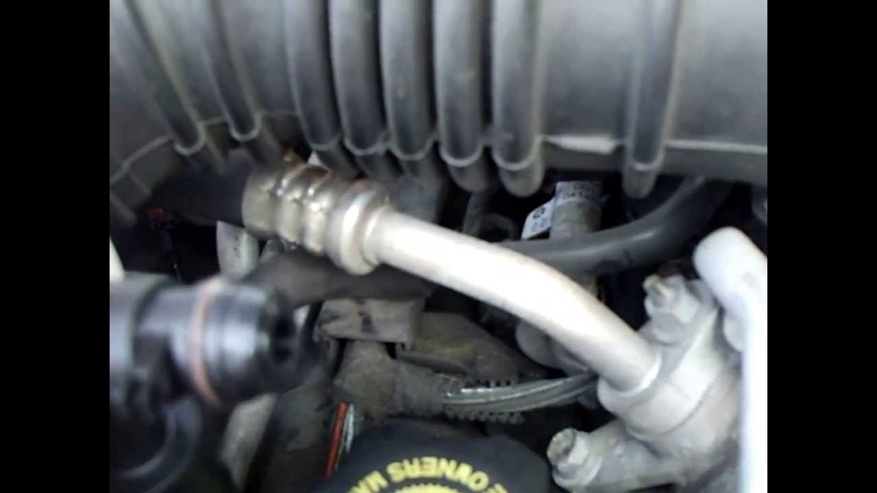 pcv valve location 2001 jeep cherokee
