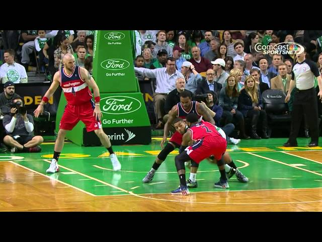 "Phil Pressey ""Hikes"" the Ball to Bass for the Slam"