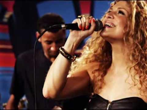Adriana Ribeiro e Luiz Carlos (do Raça Negra) - Sempre Sou Eu.