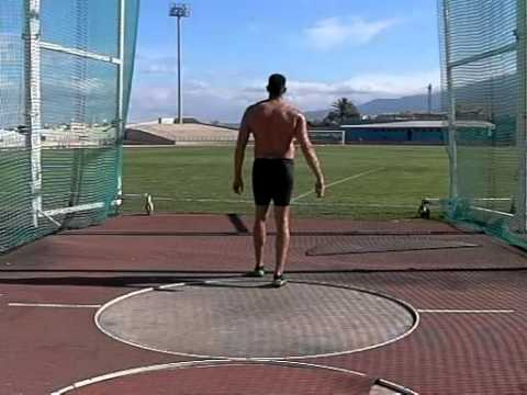 Slow motion Discus Throw Erik Cadee Tenerife November 2011 Back view