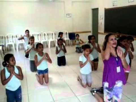 DANÇA -Música Obrigada MÃE(cRISTINA mEL)