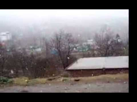 SNOW FALL AT PATNITOP IN WAY TO JAMMU TO SRINGAR HIGHWAY