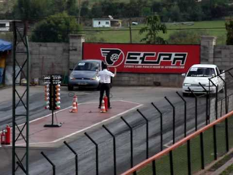 Ford Ka Aspirado vs Saveiro Turbo