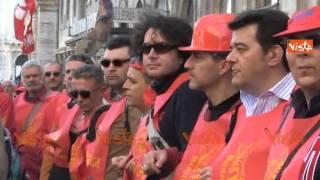 UNIONS OPERAI FINCANTIERI IN PIAZZA CON LANDINI 28-03-15