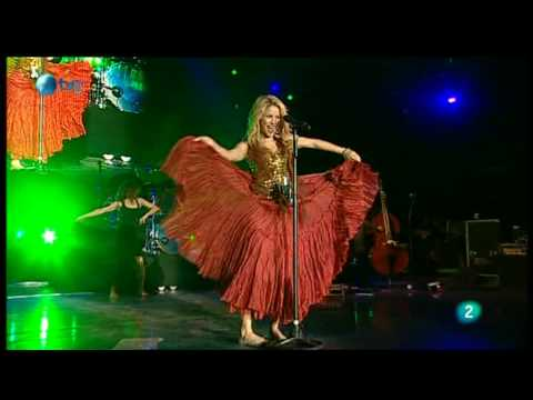 Shakira - Gitana (Rock in Rio Madrid 2010), SHAKIRA