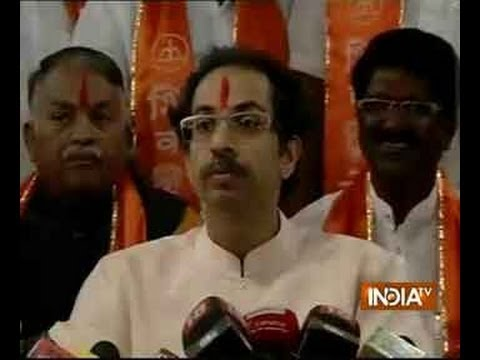 Raj Thackeray, Arvind Kejriwal are the same: Uddhav Thackeray