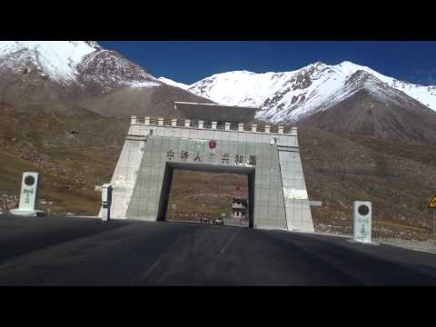SILK ROAD TRAVEL BETWEEN PAKISTAN AND CHINA AT KHUNJERAB PASS