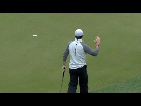 Rory McIlroy holes a 21-foot birdie putt at Shell
