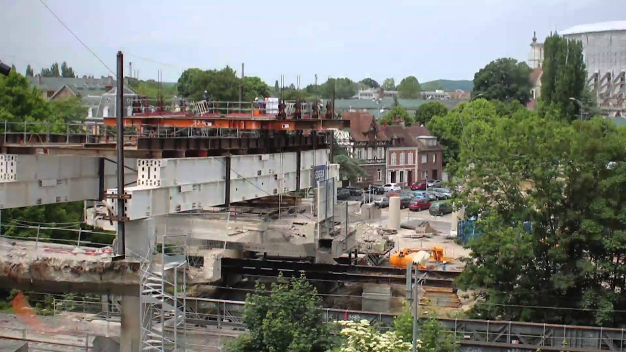 Beauvais le pont de paris histoire d 39 une reconstruction for Piscine tournesol beauvais