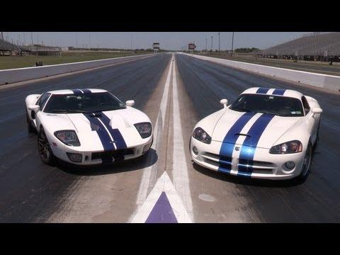 1100hp Ford GT vs 1100hp Viper