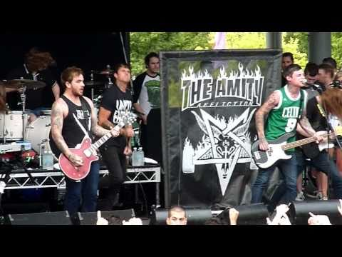 HD - The Amity Affliction - I Hate Hartley - Soundwave 2011