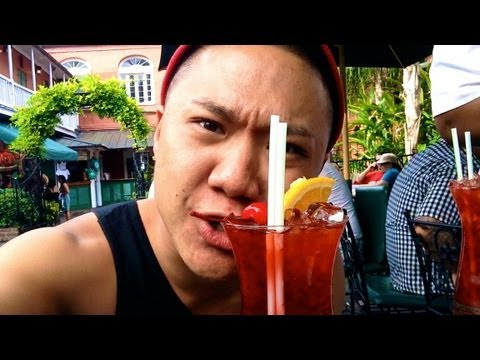 Drunken Madness + Real Life Transformers! (Vlog #379- New Orleans)