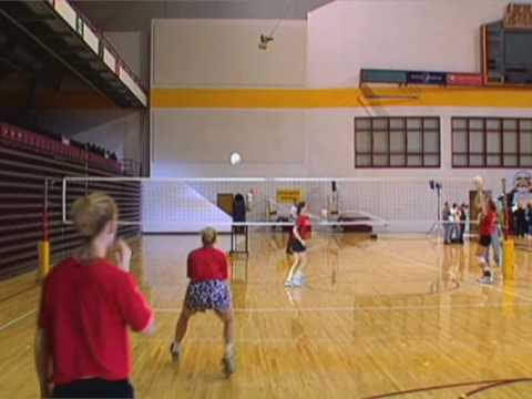 how to receive a volleyball serve