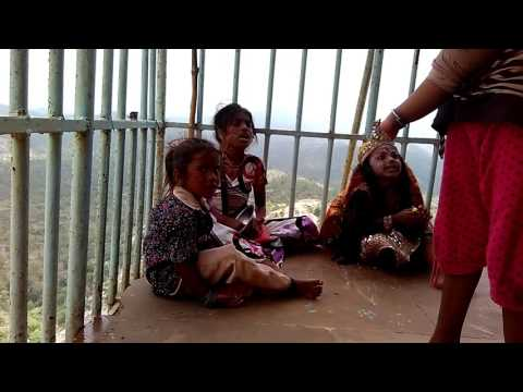Small Girl Singing Indian song at Mount Abu Real Talent
