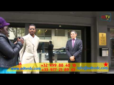 PROCÈS MUKUNGUBILA SIT IN DEVANT L'AMBASSADE SUDAF A BRUXELLES.