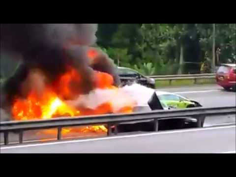 3 Lamborghini Gallardos from Singapore Crashed & Burned in Malaysia