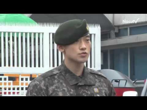 Bi Rain Xuat Ngu   Hình Ảnh VIDEO Fan đón Bi Rain xuất ngũ