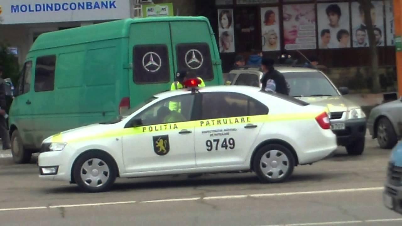 #Poliția de la #Hîncești oprește cîte două mașini odată