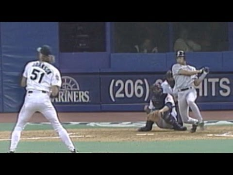 NYY@SEA: Jeter's first RBI in the Major Leagues
