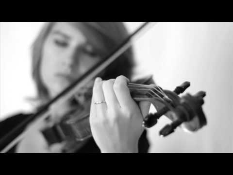 Naruto - Sadness and Sorrow on Violin - Taylor Davis, Download this song on iTunes here: https://itunes.apple.com/us/album/gaming-fantasy/id529340727 Special thanks to my friend Megan Gilliam for filming this vi...