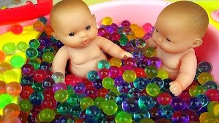 Baby Doll bath toys and Surprise eggs play