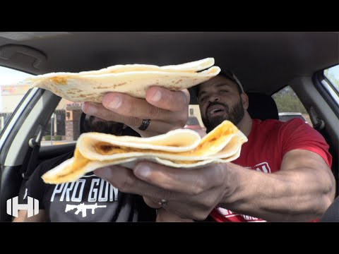 "Eating Taco Bell ""Grand Stackers Box"""