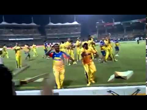 Bollinger and Dwayne Bravo dance on a tamil beat after CSK wins IPL 2011 final