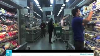 بالفيديو.. مخاوف في قطر من ارتفاع الأسعار وندرة المواد الغذائية بعد الأزمة الدبلوماسية |