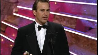 Golden Globes 1991 Kevin Costner Wins The Award For Best