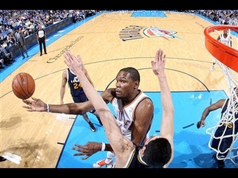 Kevin Durant Tunes Out the Jazz With 31 Points