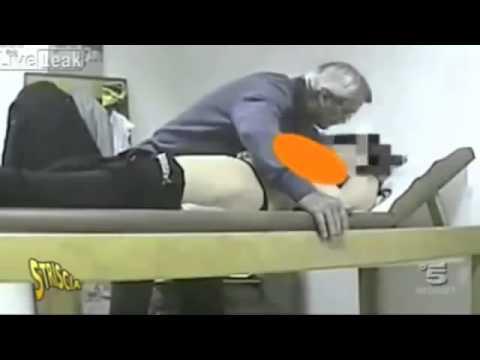 bác sĩ giở trò với bệnh nhân  :p