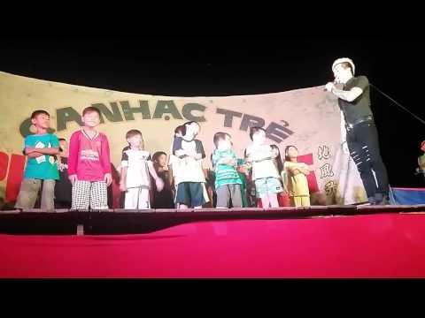 Lâm Chấn Khang Mới Nhất 2015 - Lâm Chấn Khang Cùng Các Fan Nhí Quậy Tung Sân Khấu - My Name Hạo Nam