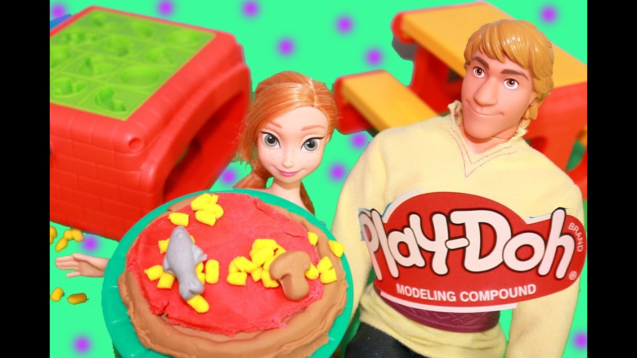 Frozen play doh pizza barbie anna kristoff food fight for Play doh cuisine