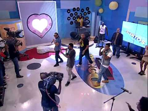 Zona 5 canta «Estamos na via» no Show de Domingo | TV Zimbo |