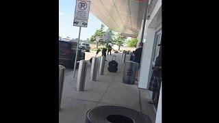 طلقات نارية في مطار دالاس بولاية تكساس والسبب اعتداء على سيدة ! |