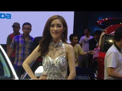 dàn PG của MAZDA tại Vietnam Motor Show 2015