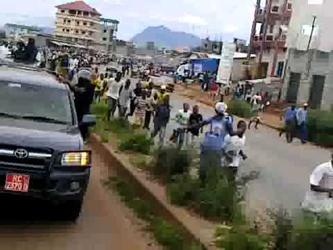 Qik - Mobile video by GuineeTimes.com Cellou Dalein vs Alpha (Guinea Conakry)