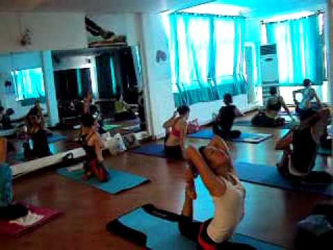 Bài Tập Yoga Trẻ Lâu, www.FitShapeYoga.com