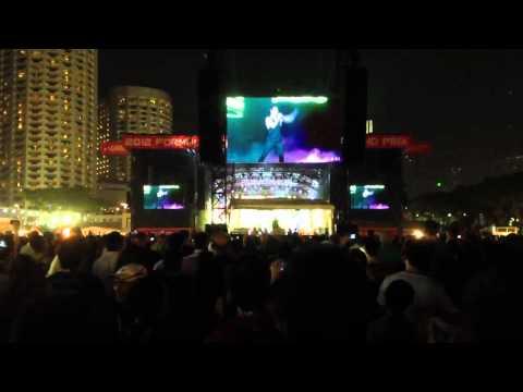 Hình ảnh trong video Maroon 5 - Sing Along to my Stereo