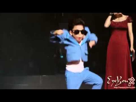 Nào cùng KỆ BẾP SÀI GÒN xem PSY nhí nhảy GangNam Style nhé