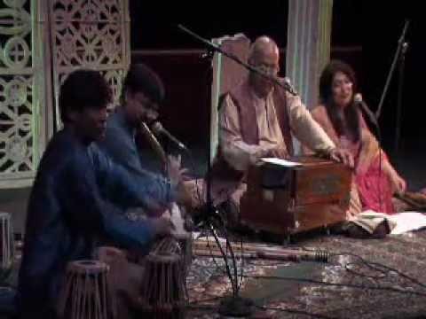 Rahon Pe Nazar Rakhna-Surendra Kumar and Unnati Dasgupta