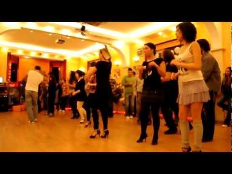 Salsa afrocubanos dans kursu