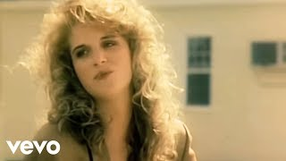 Trisha Yearwood She's In Love With The Boy