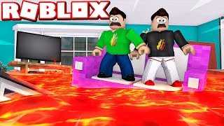 ROBLOX DON'T TOUCH THE FLOOR CHALLENGE with MY LITTLE BROTHER!