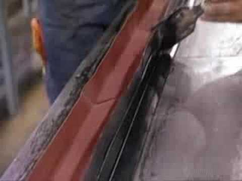 How It's Made-Escalator Handrails - YouTube