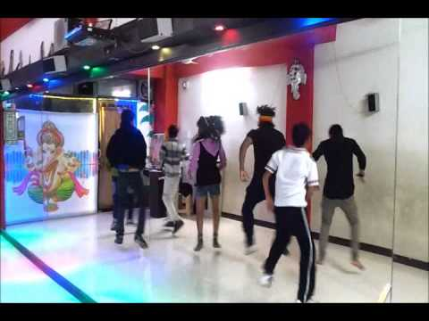Chennai Express Song   1234 Get on the Dance Floor Dance Choreography by Vijay Akodiya Aka V J