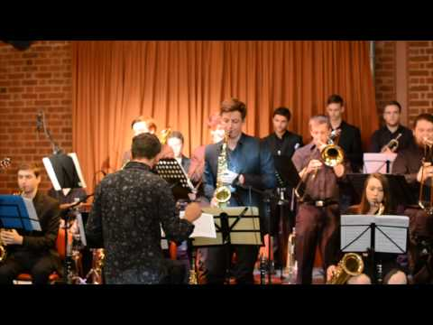 Bailarias Con Supergrupo - Jazz SA Superband 1 2014