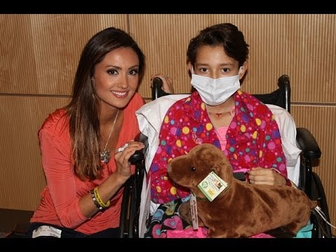 Katie Cleary Visits Seacrest Studios